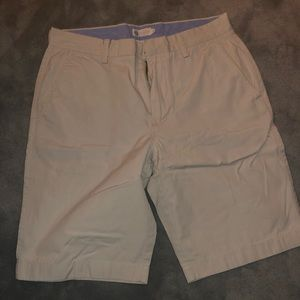 J. CREW SHORTS | WHITE / OFF-WHITE